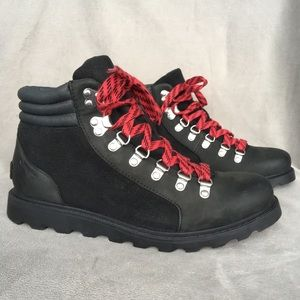 New Sorel Ainsley Conquest Black Leather Boots 8.5
